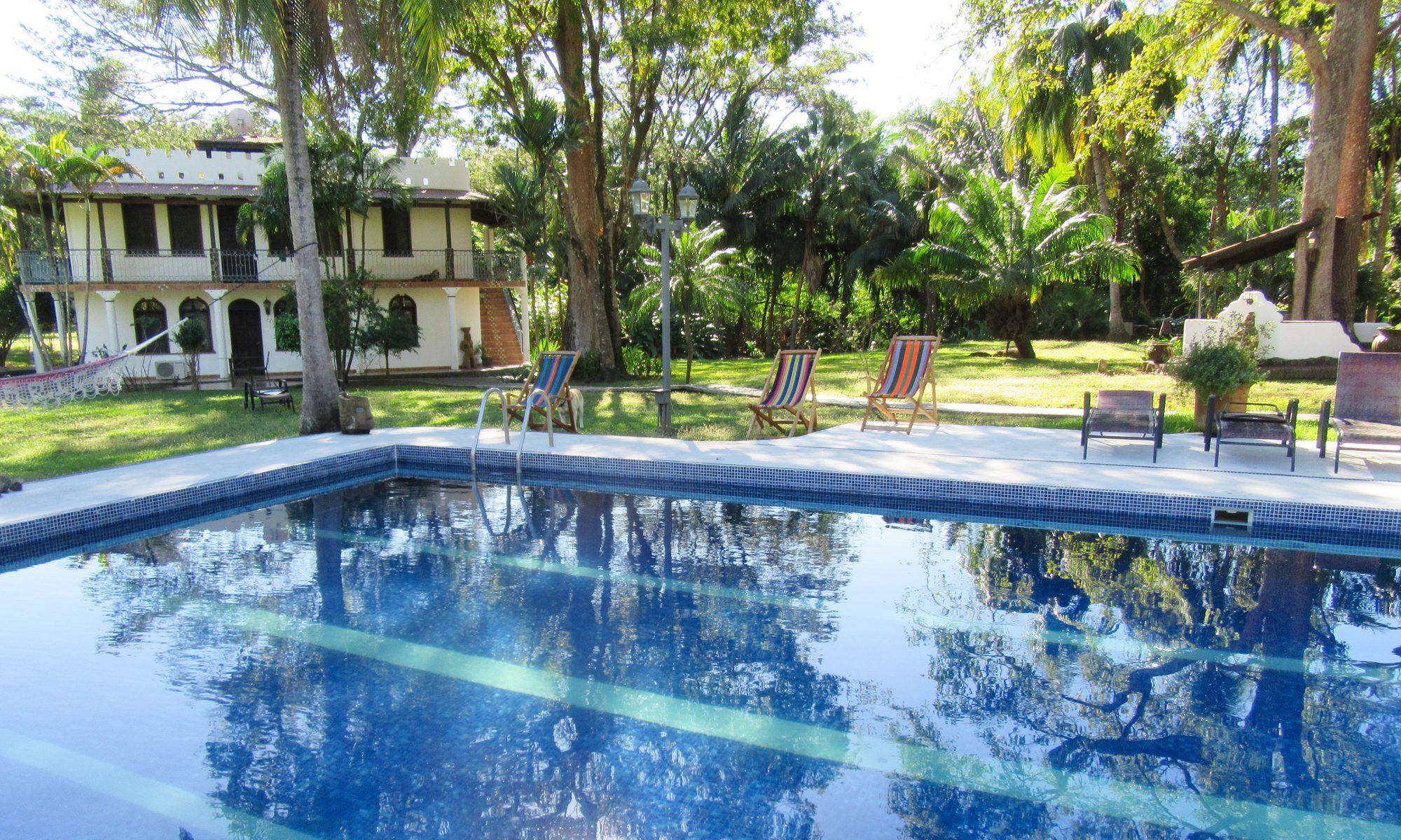 Individualität statt Massentourismus im Hotel-Costa-Rica-Pool