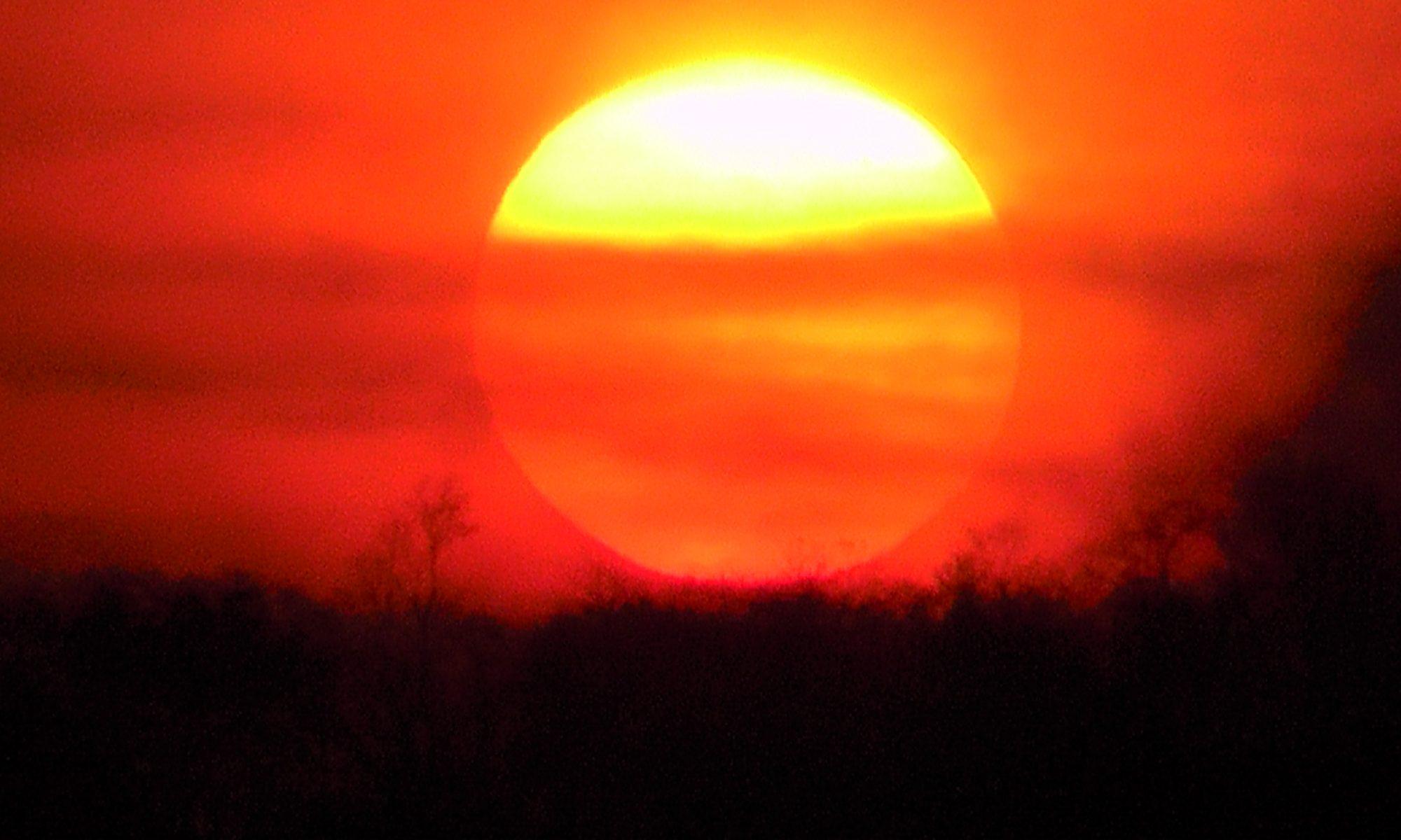 Traumhafter Sonnenuntergang bei super Wetter in Samara, Costa Rica