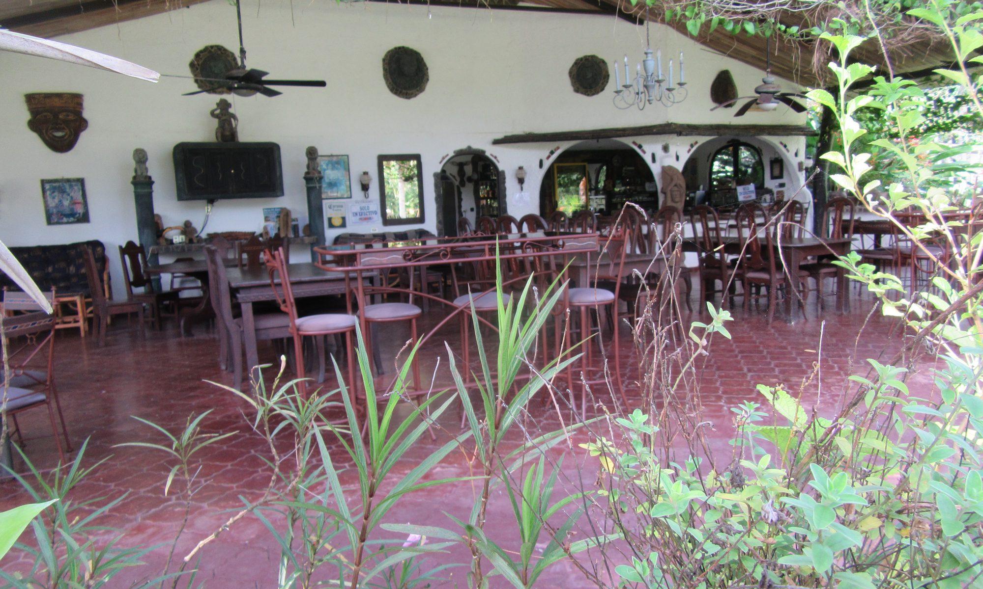 Costa Rica Restaurant im Hotel Paraiso del Cocodrilo